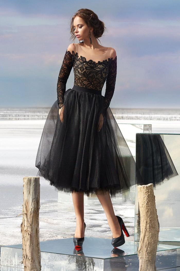 Вечернее платье с кружевной юбкой