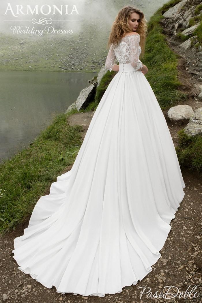 Ультрамодное свадебное платье молочного цвета ПАСОДОБЛЕ