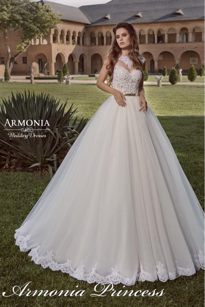 Свадебное платье с пышной юбкой и кружевным лифом ПРИНЦЕСС