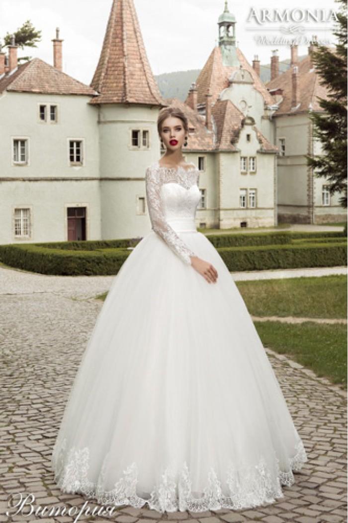 Свадебное платье с пышной юбкой и кружевным корсетом ВИКТОРИЯ