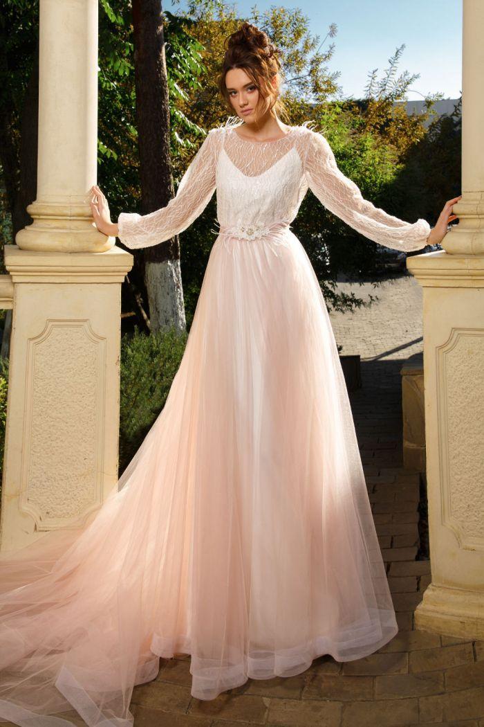 Закрытое свадебное платье с фатиновой юбкой СТЕЛЛА