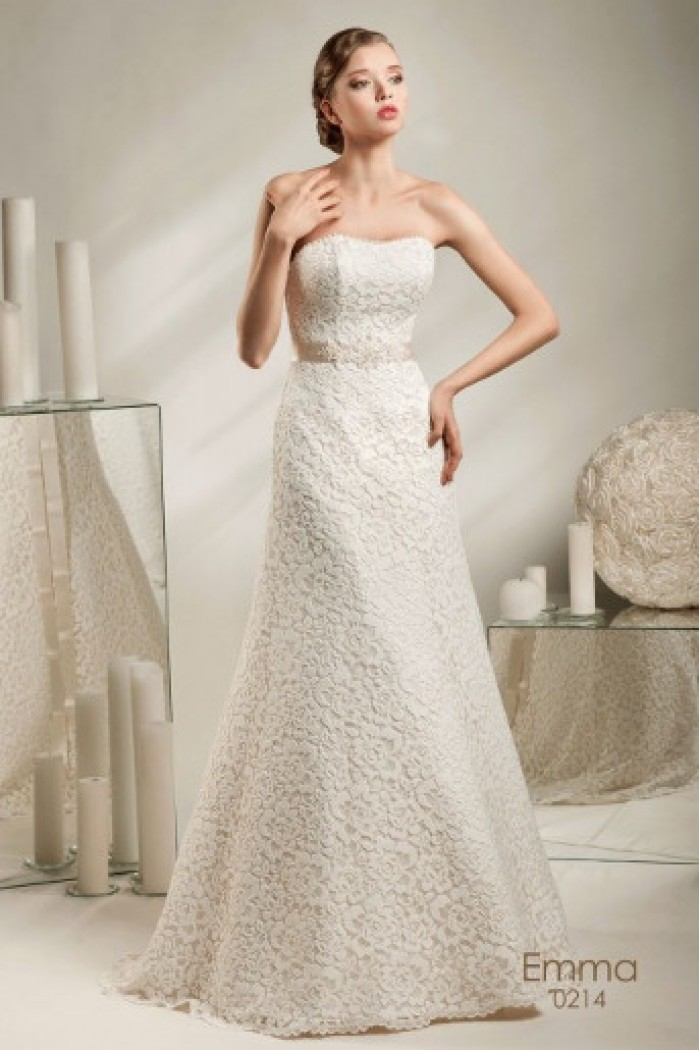 Свадебное платье А-силуэта с фактурным кружевом ЭММА