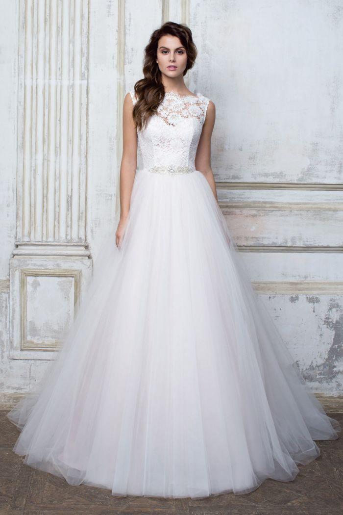 Свадебное платье с не слишком пышной юбкой CIOCCOLATO #48