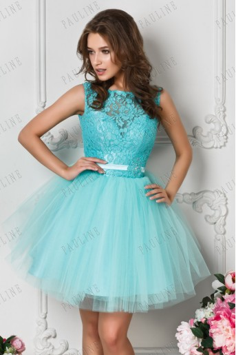 Платье с очень пышной короткой юбкой