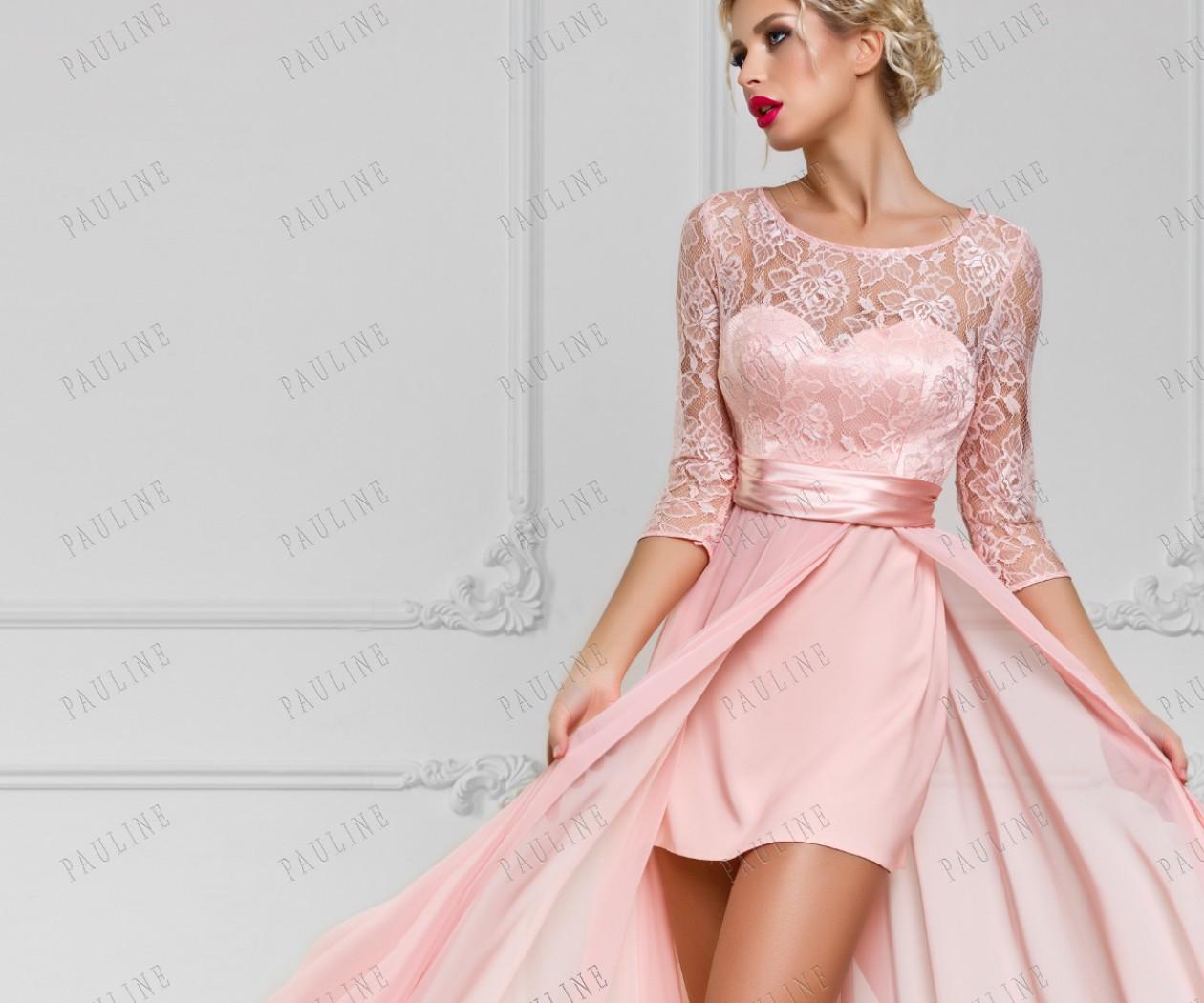Платье кружевное нежно розовое