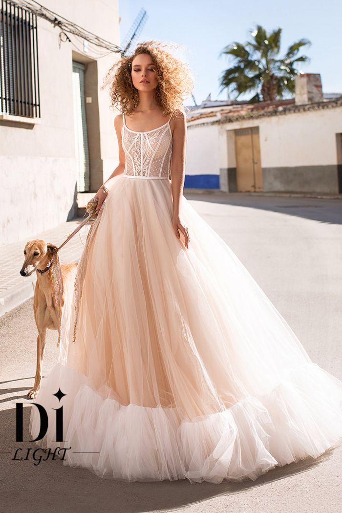 Свадебное платье с пышной юбкой и полупрозрачным корсетом КАРМЕН