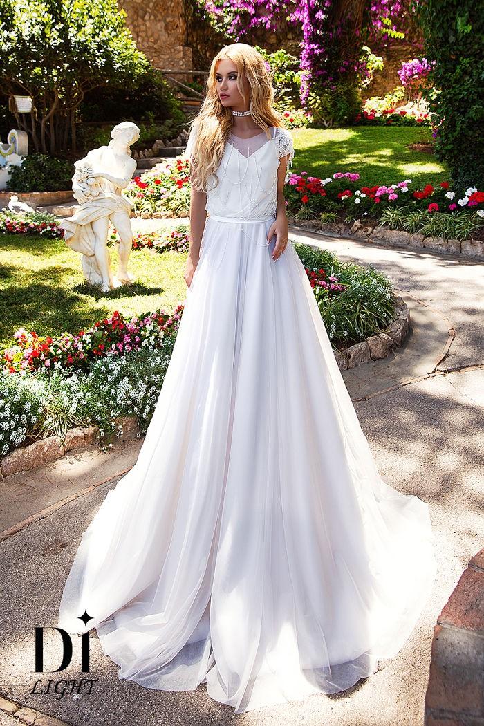 Свадебное платье в стиле бохо с нитями из стекляруса и жемчуга КЕЛЛИ
