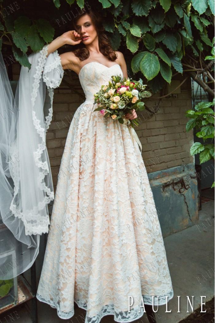 Свадебное платье с изумительным сочетанием текстур МИНДАЛЬ
