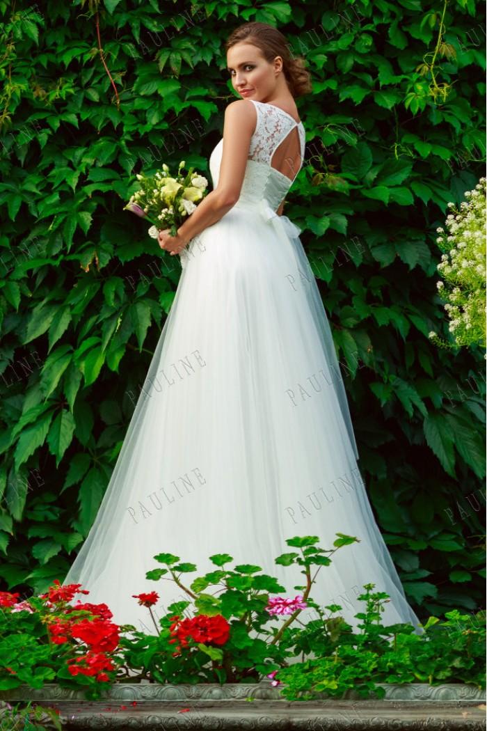 2ae3aff080b9d59 Свадебное платье с воздушной юбкой и структурным корсетом в Хабаровске
