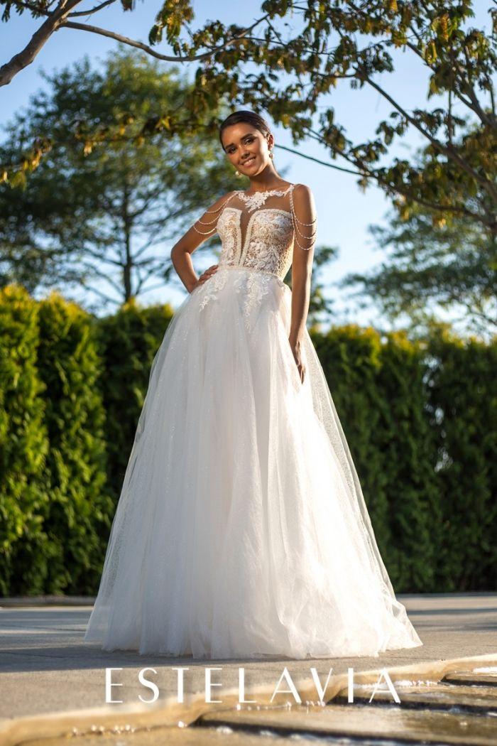 Свадебное платье с легким кружевным корсетом и фатиновой юбкой ДАНЕТТ