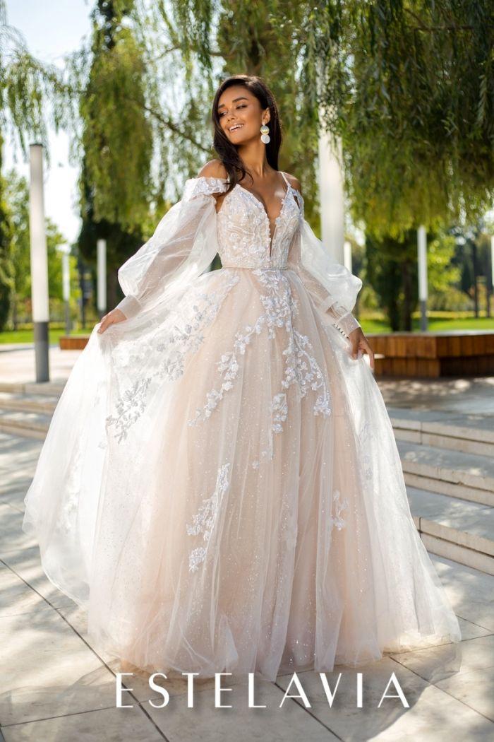 Пышное свадебное платье бежевого цвета со съемными рукавами  ШЕЙЛА