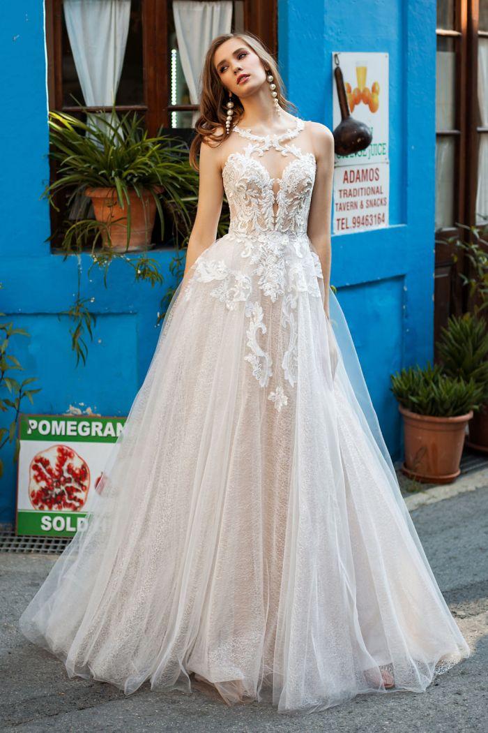 Ультрамодное свадебное платье с легкой юбкой КАРИН