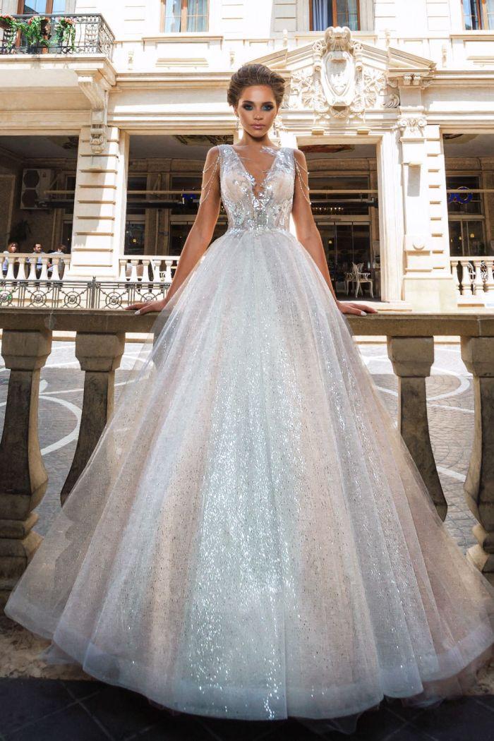 Впечатляюще красивое свадебное платье из сверкающей ткани HEIDI