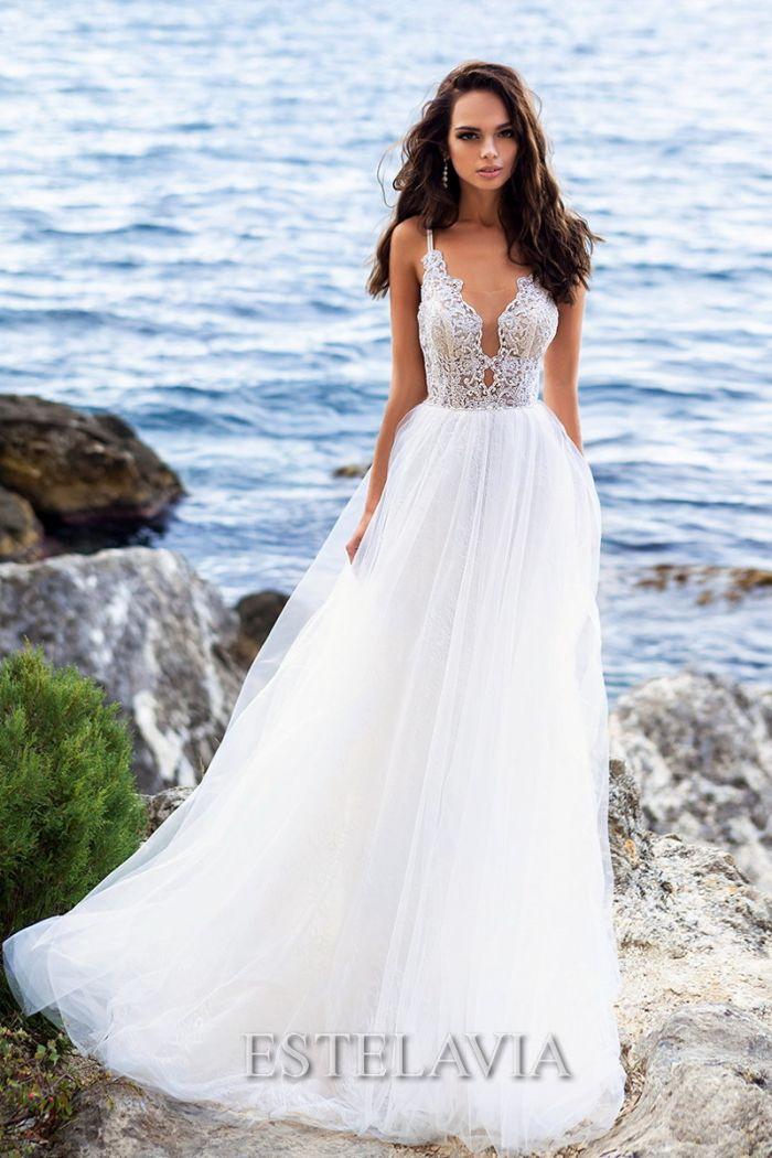Необычное свадебное платье молочного цвета ДЖЕННИФЕР