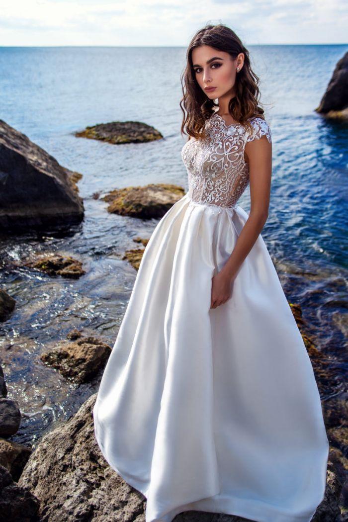 Пышное свадебное платье с атласной юбкой КАЙЛИ