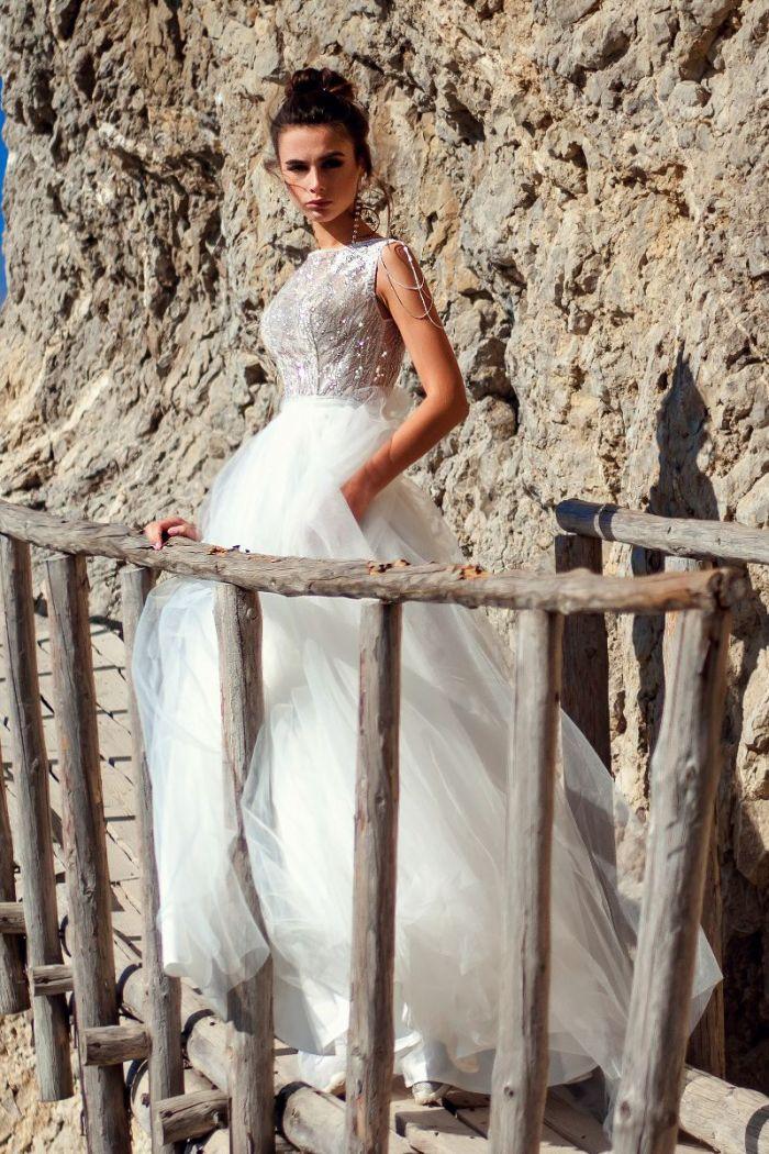 Свадебное платье будто создано для эльфийской принцессы СЕЛЕН