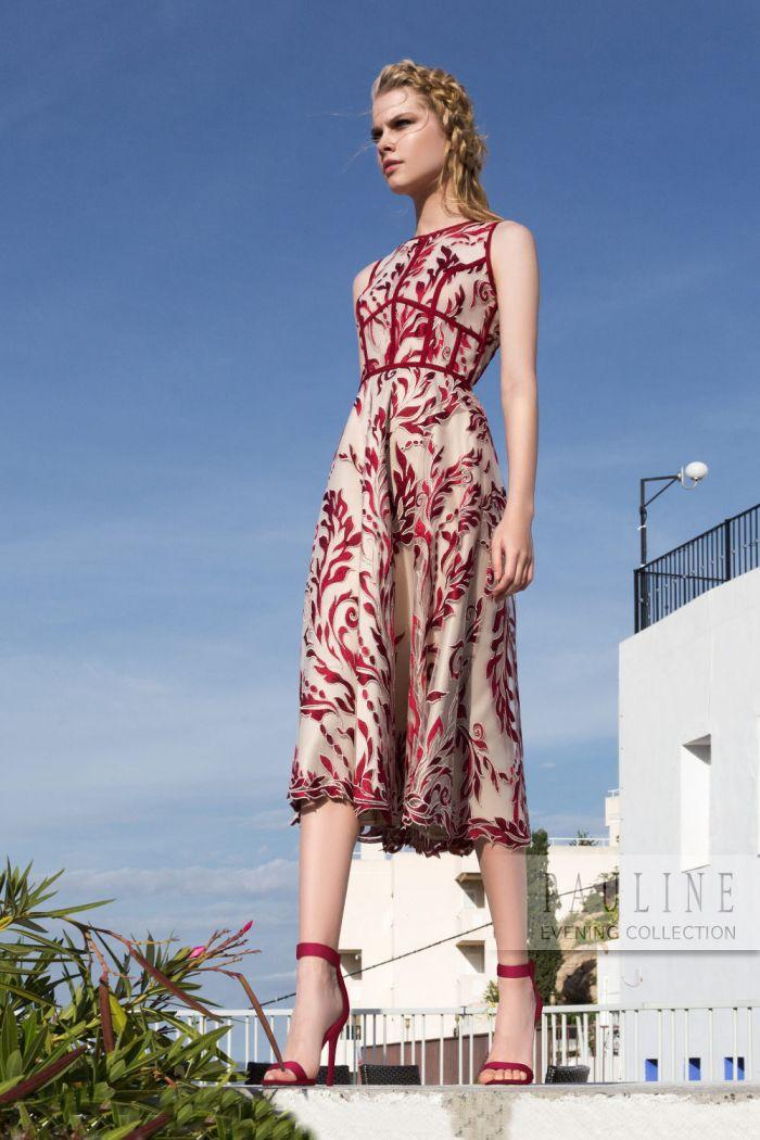 Полностью покрытое кружевом вечернее платье в контрастных цветах РИМСКИЕ КАНИКУЛЫ