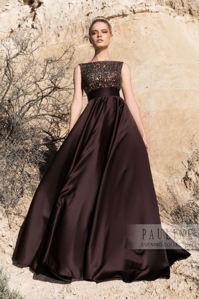 Вечернее платье с широкой юбкой и эффектной спиной ПЕСКИ ВРЕМЕНИ
