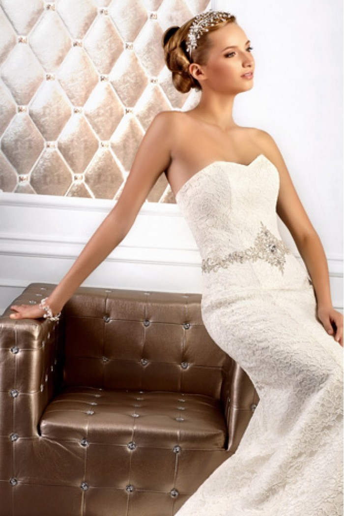 Свадебное платье из кружева силуэта Рыбка ДОСТОЙНАЯ ОПРАВА