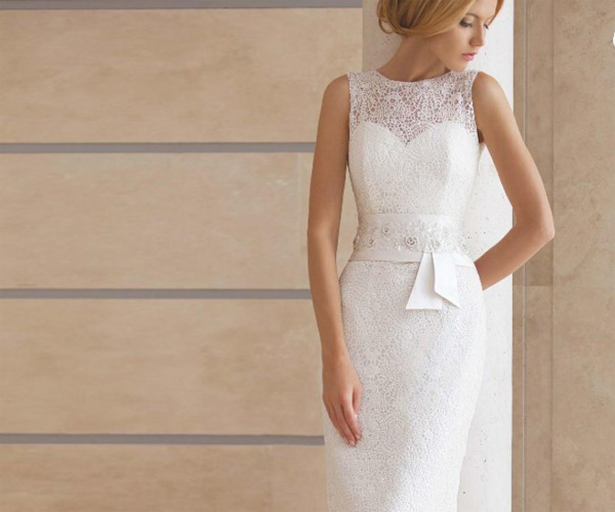 Свадебное платье прямого силуэта с кружевом АГАТ
