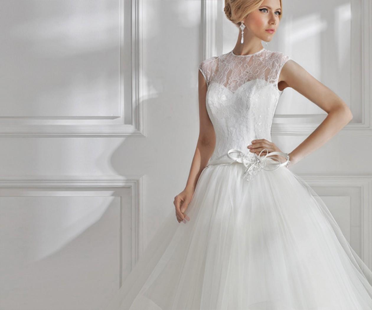 Пышное свадебное платье с кружевом ПЕРСЕЙ