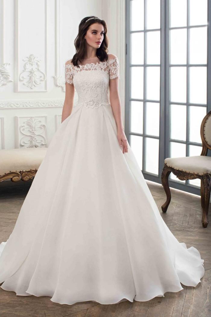 Свадебное платье с кружевным лифом и небольшим шлейфом ДОРОТЕЯ