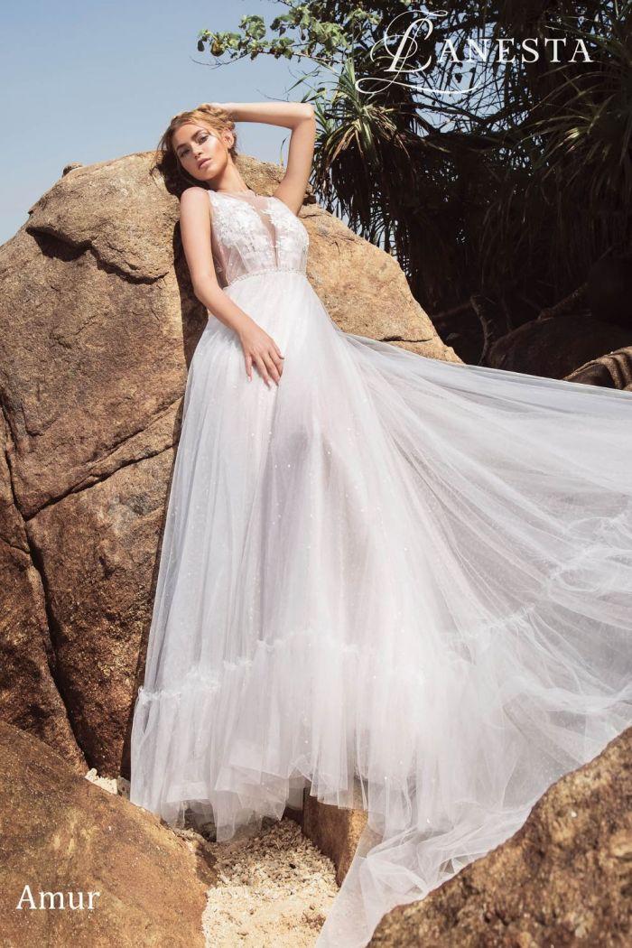 Романтичное свадебное платье с легким кружевным верхом АМУР