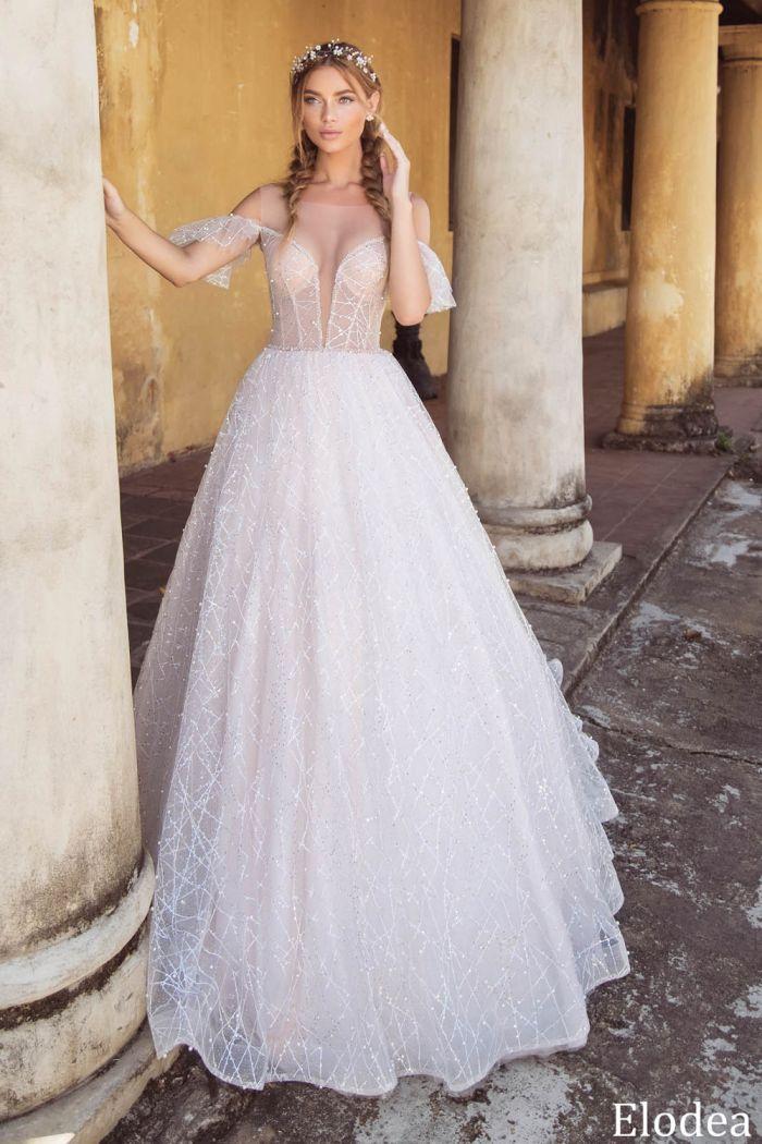 Свадебное платье с открытыми плечами и спущенным рукавчиком ЭЛОДЕЯ