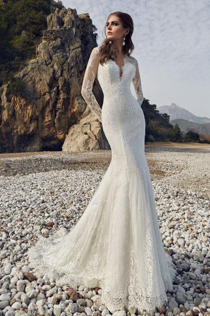 Кружевное свадебное платье силуэта русалка с длинными рукавами ЭМЕРАЛЬД