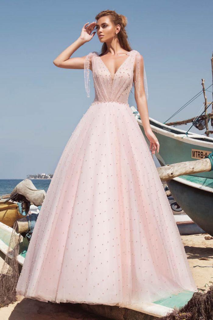 Пышное свадебное платье нежно розового цвета МЭЙБ
