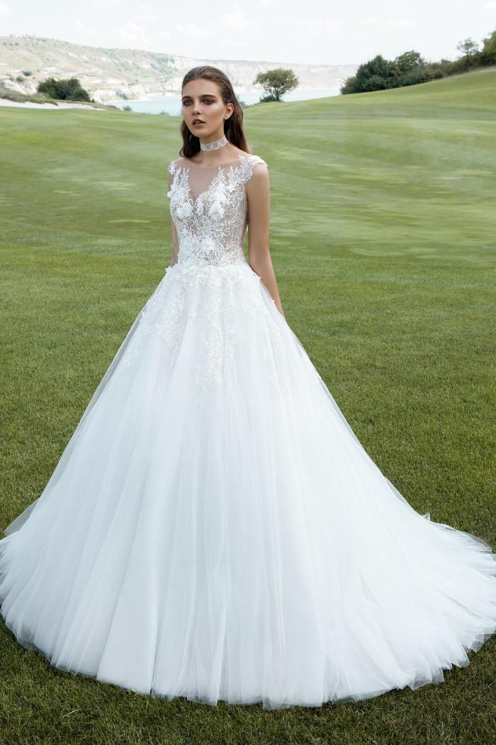 Полупрозрачное свадебное платье силуэта принцесса МИРА