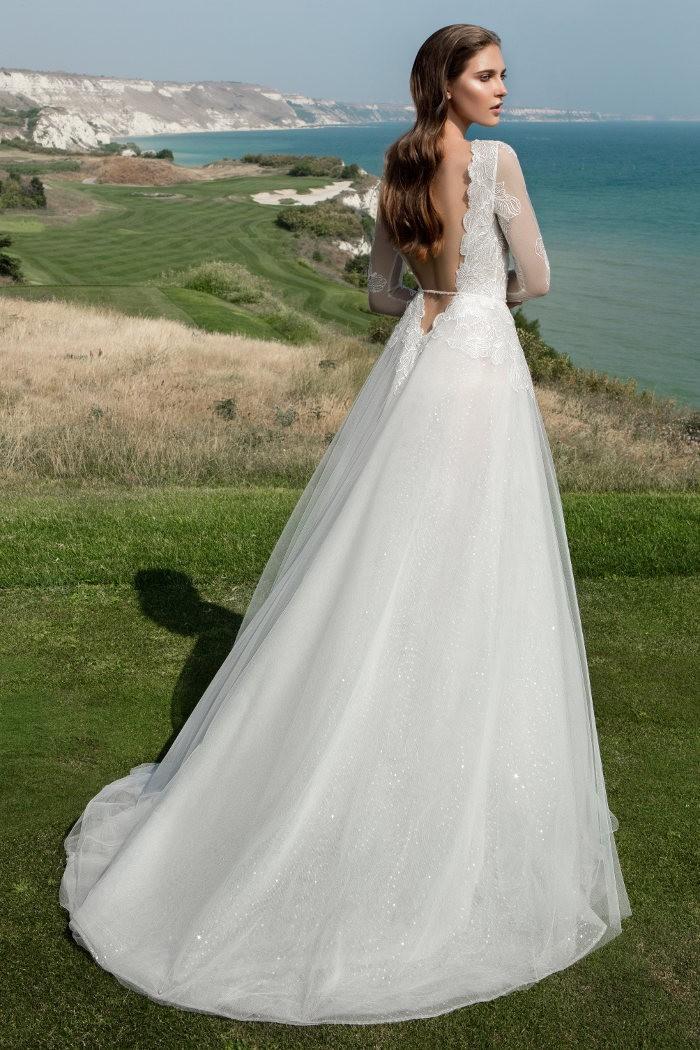 Завораживающее свадебное платье А-силуэта СИРИУС