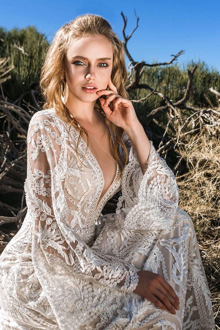 Кружевное свадебное платье с рукавами ИГРИТ