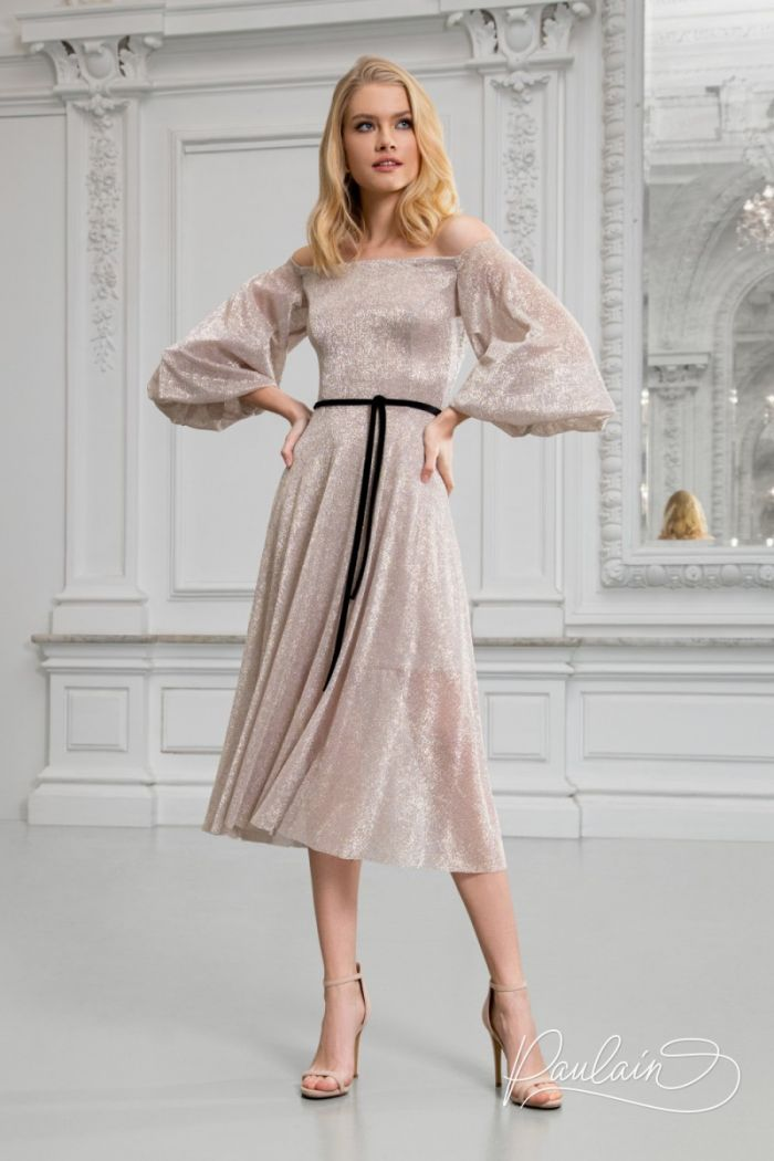 Сверкающее коктейльное платье модной длины с открытыми плечами МИННА Миди