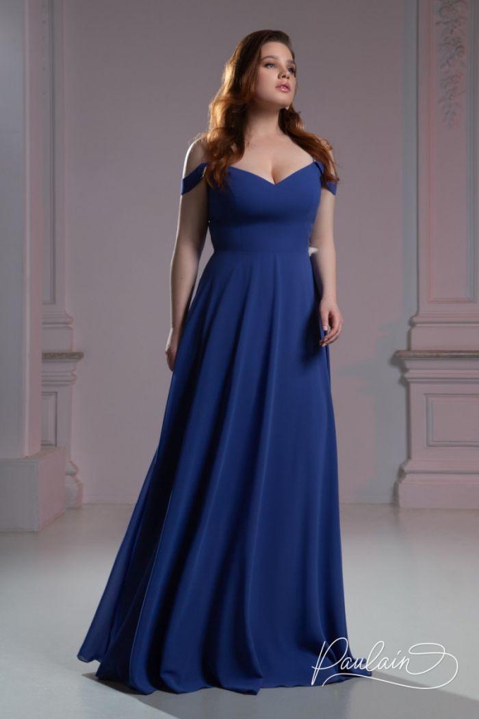 Темно-синее вечернее платье с открытыми плечами и длинной юбкой РИВЕР