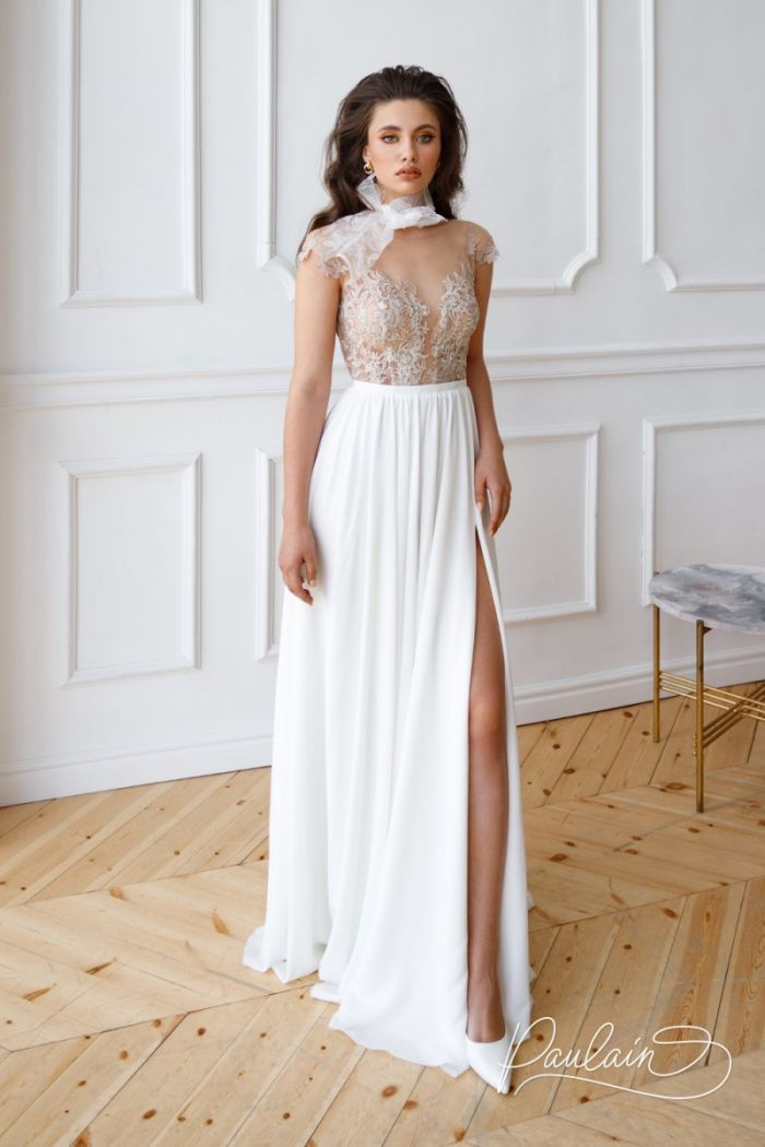 Свадебное платье с кружевным лифом и длинной юбкой из шифона с высоким разрезом НАНА