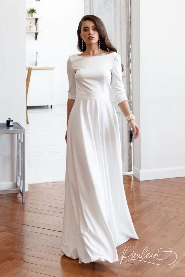 Свадебное платье молочного цвета с оригинальной спинкой и рукавом три четверти НЕВА
