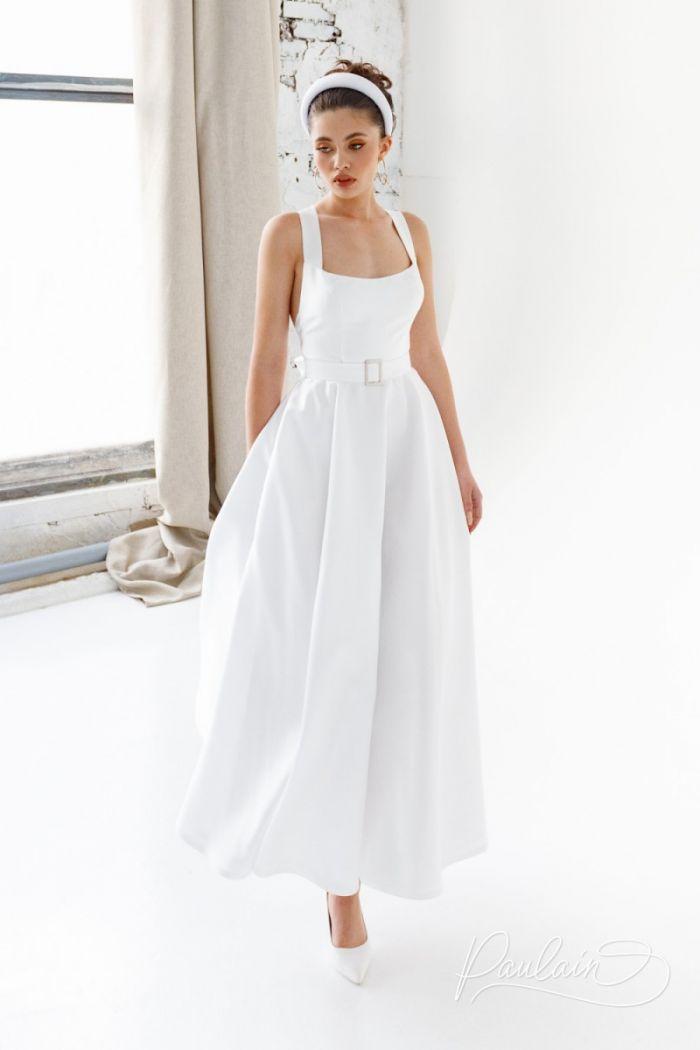 Женственное свадебное платье чайной длины со скрещенными на спине лямками ЙОКО