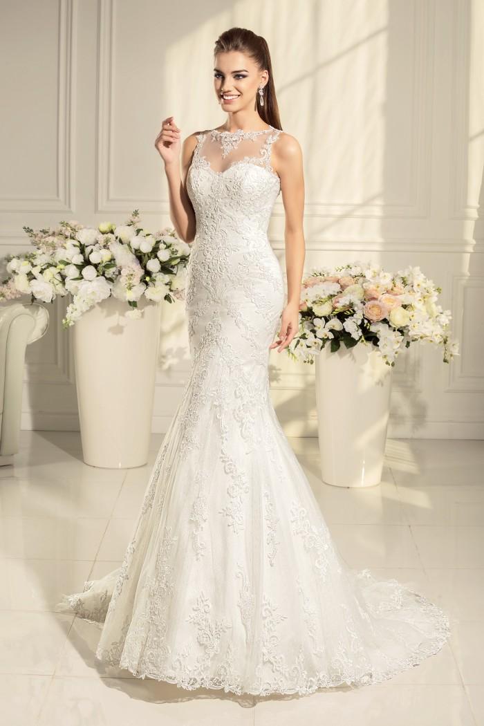 Замечательное кружевное свадебное платье силуэта  АЛЕКСИС