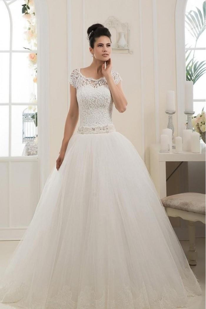 Свадебное платье белого цвета ЮЛИЯ