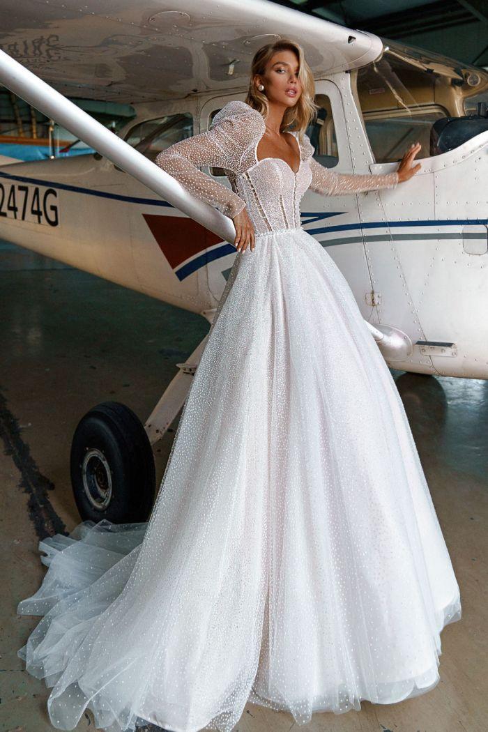 Шикарное свадебное платье с оригинальным лифом и пышной юбкой ДЭЙЗИ