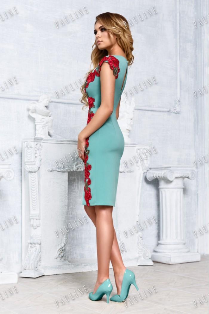 Нарядное платье-футляр с кружевом УМА МОХИТО