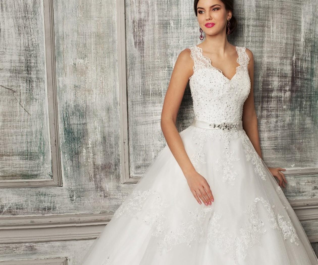 Элегантное пышное свадебное платье с кружевом и пайетками SALI BRIDAL