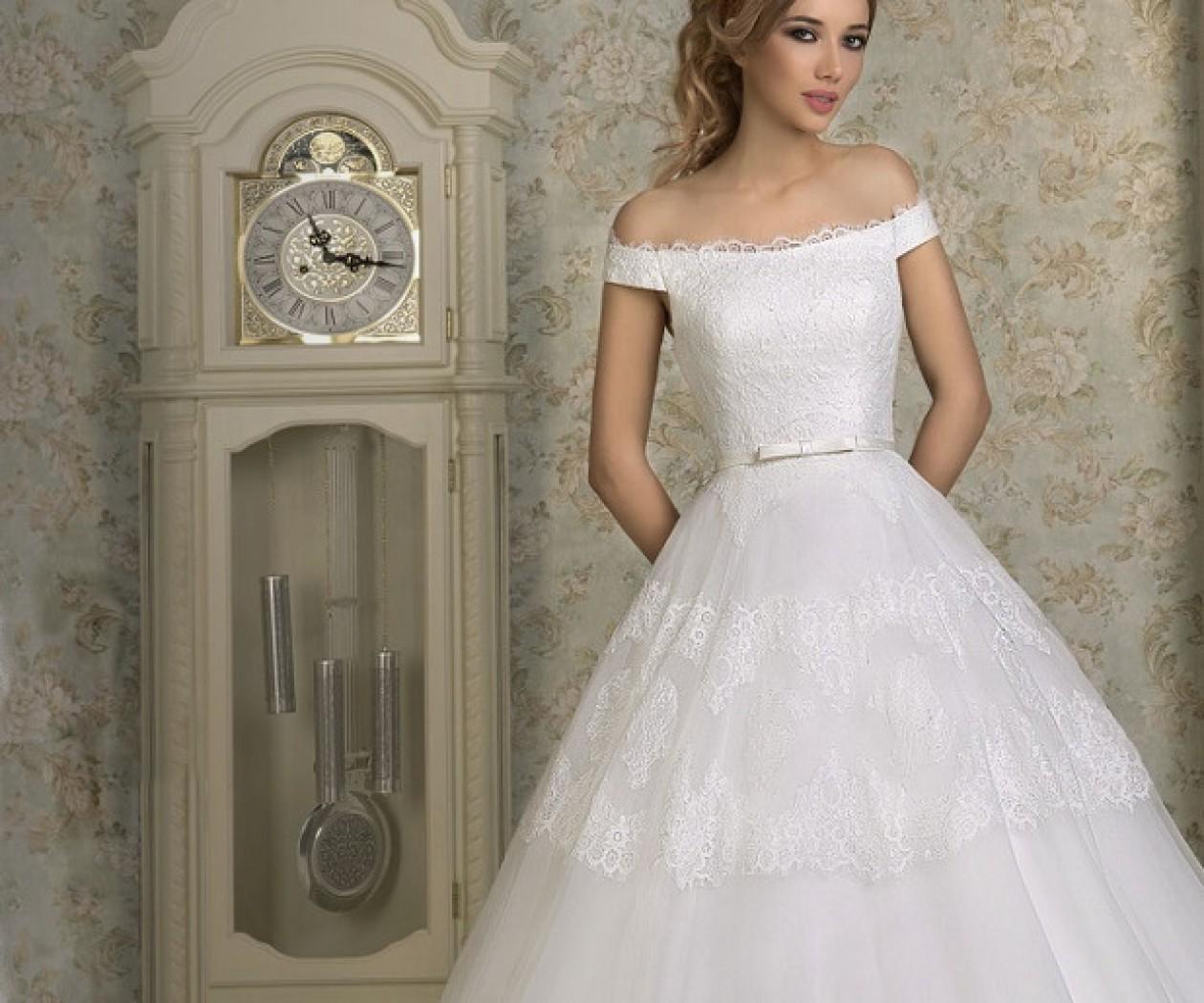 Свадебное платье А-силуэта с каскадной юбкой SALI BRIDAL