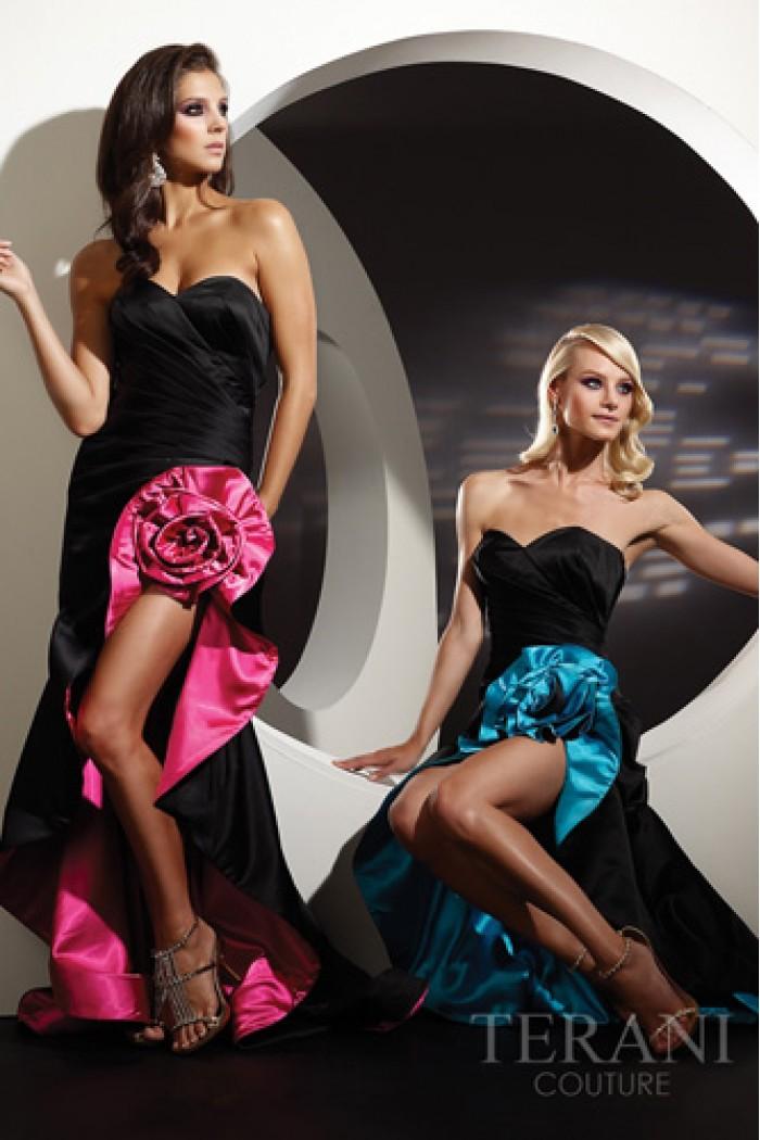 Длинное вечернее платье с разрезом - TERANI couture TERANI couture