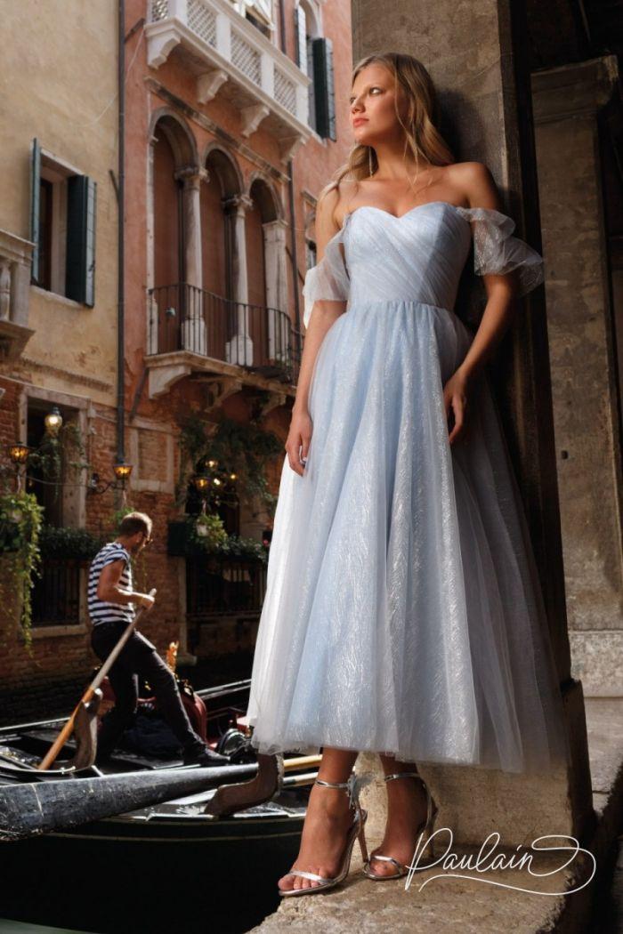Нежное вечернее платье из полупрозрачной ткани с блеском и спущенными плечами БЕАТРИЧЕ