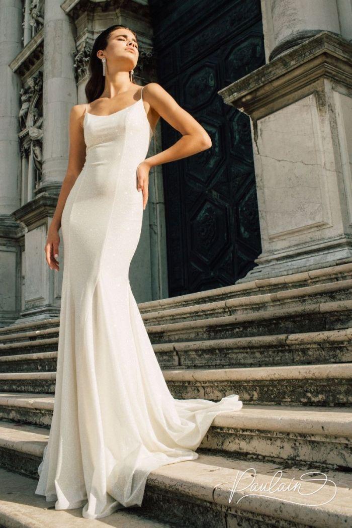 Открытое облегающее вечернее платье силуэта годе на тонких бретелях ЕВА