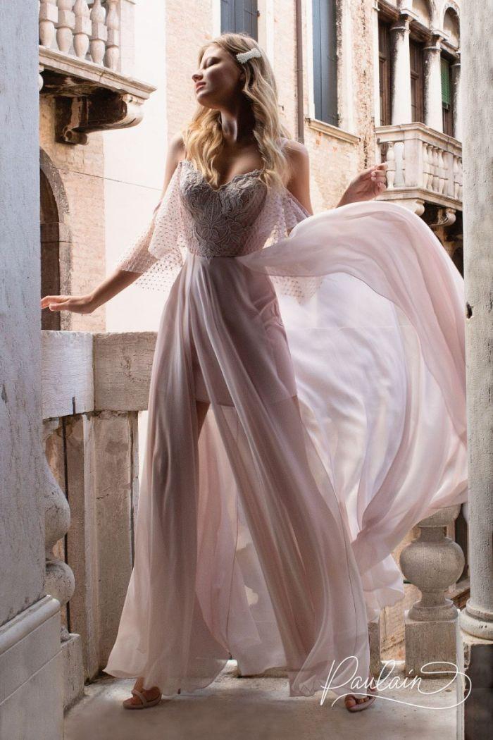Романтичное вечернее платье с крылышками и летящей юбкой с двумя разрезами ДЖУЛЬЕТТА