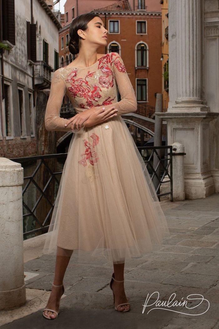 Дизайнерское вечернее платье с рукавом и расшитым кружевом лифом ЛЕЙЛИ