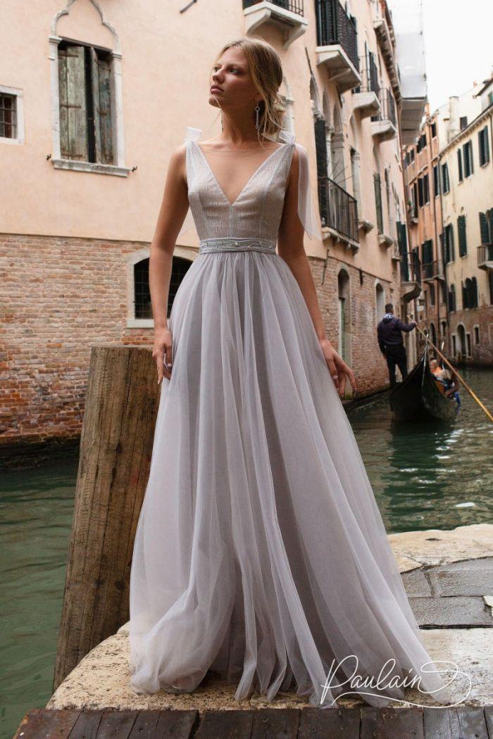 Длинное вечернее платье с V-образным декольте и фатиновой юбкой РОВЕНА